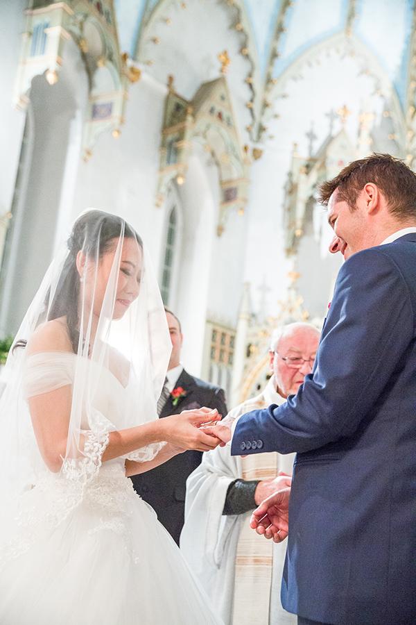 Photographe-mariage-bague-lui