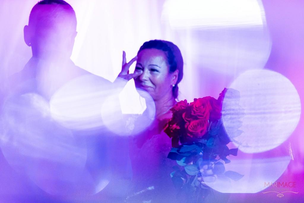 Photographe Mariage Beloeil fleurs roses mariée émotions