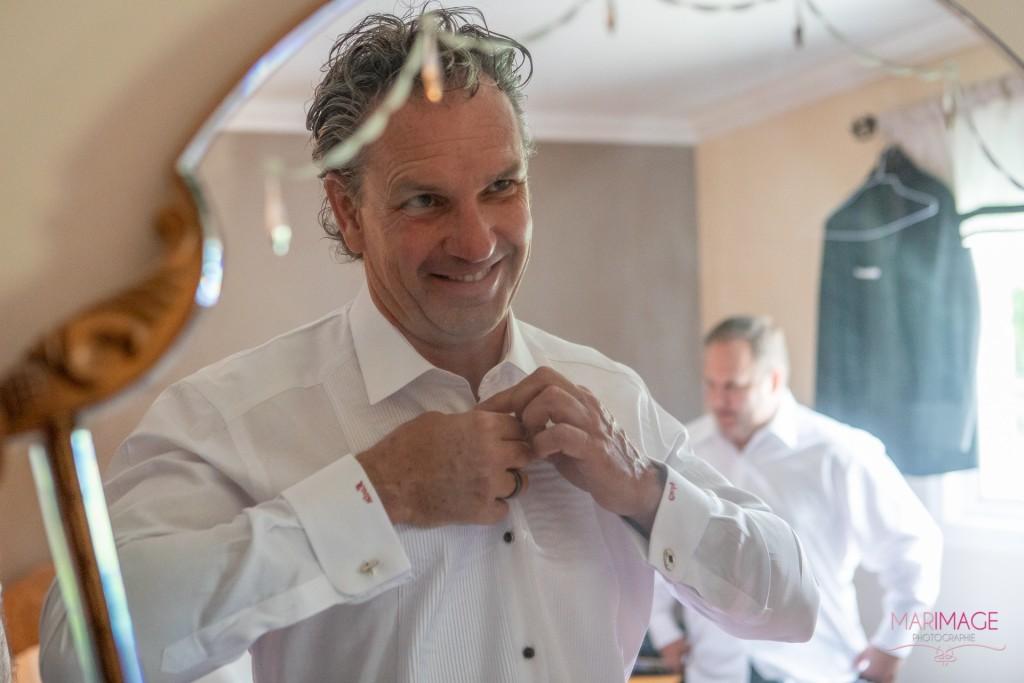 wedding photographer his preparation men groom